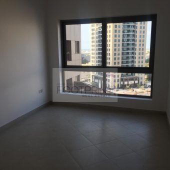 Exclusive   3 Bed  Huge Layout Apartment