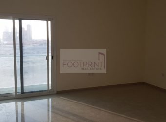 Spacious 2 Bedroom In Uniestate Tower!!!