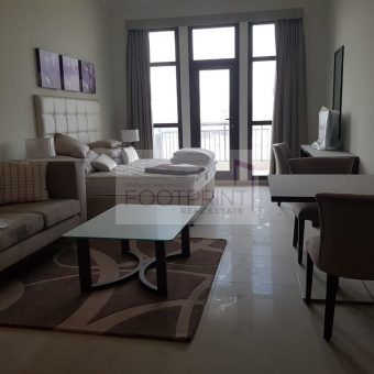 Large Studio| Fully Furnished | Vacant !