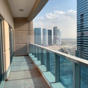 Big Terrace – Low Floor – Spacious Apartment