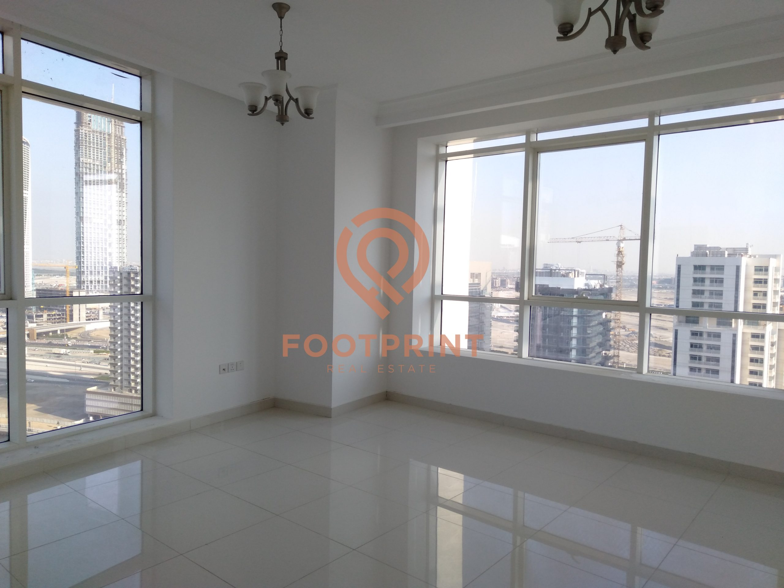 2 BR Canal View –  Ready To Move – Premium Location