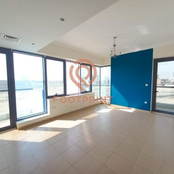 Large Size 1 Bedroom + 2 Balcony Ready to Move in