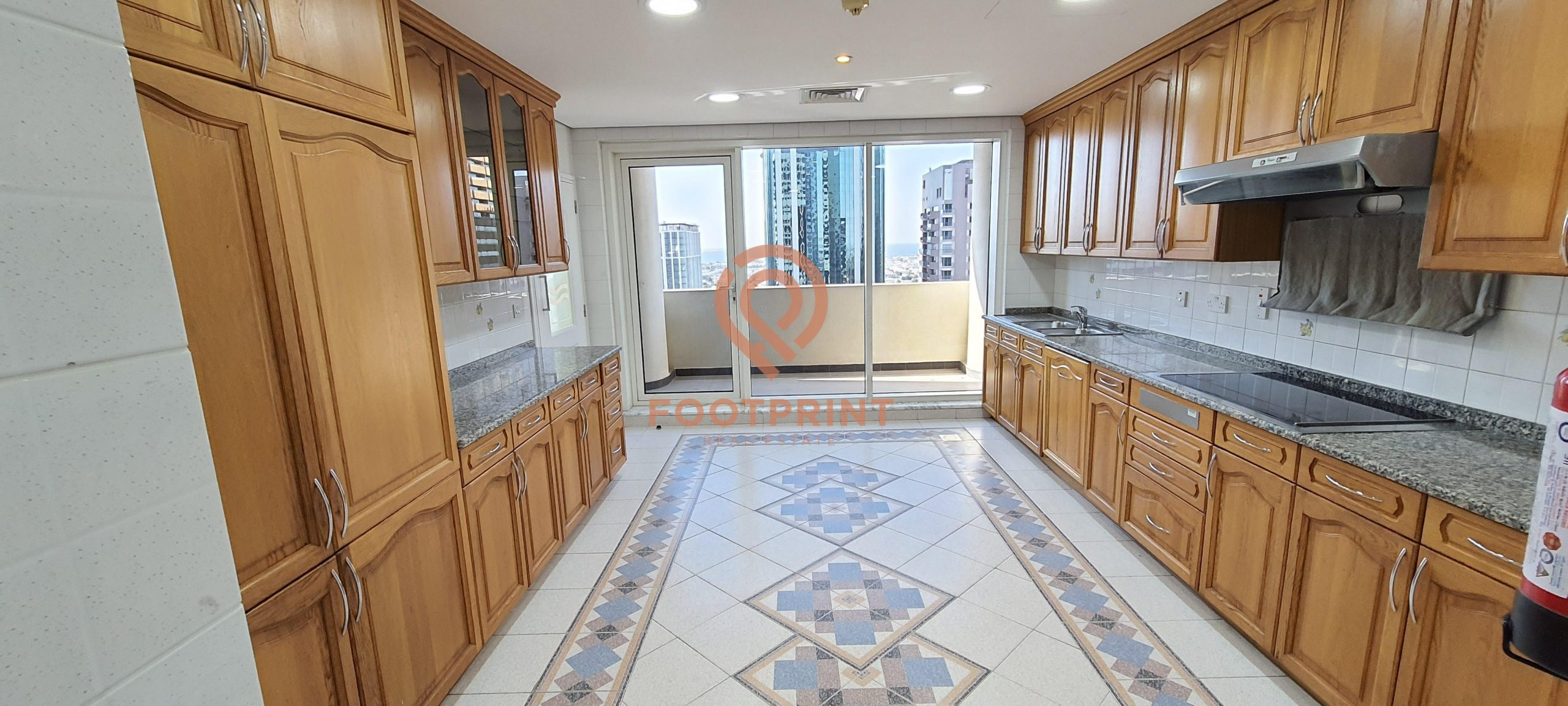 Spacious and Bright  3 BHK   2 MONTHS FREE   6 CHQS