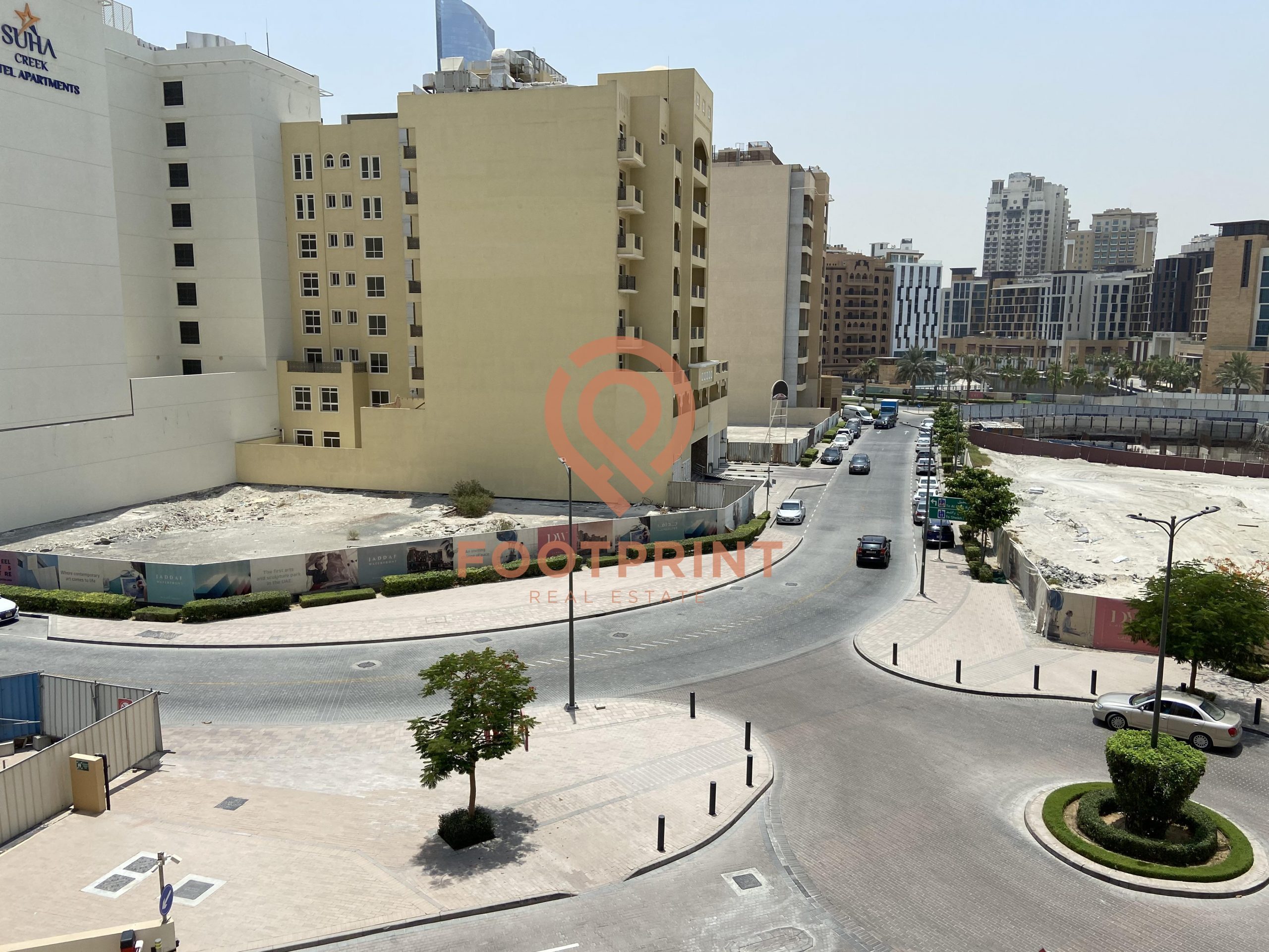 UNFURNISHED  ONE BED ROOM APARTMENT At WATER FRONT JADDAF READY TO MOVEIN