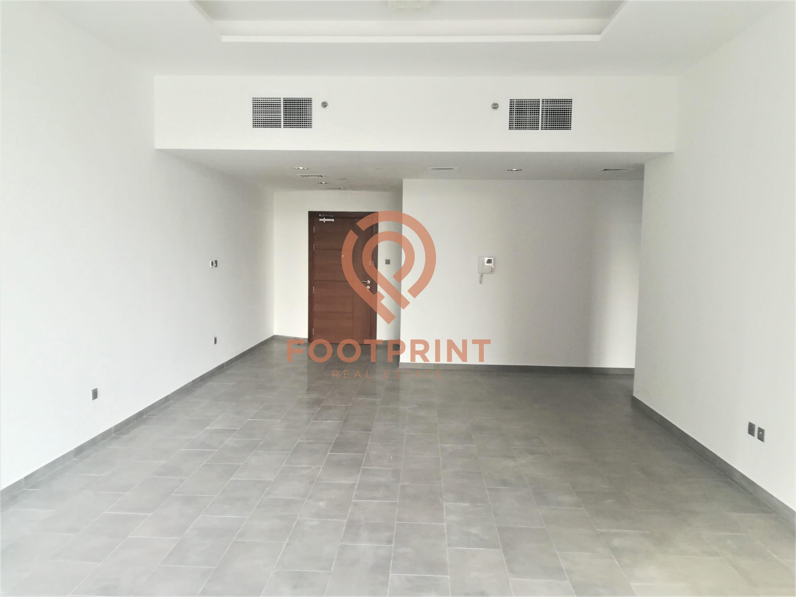 Spacious 2 Bedroom Apartment I Chiller Free | Ready to Move