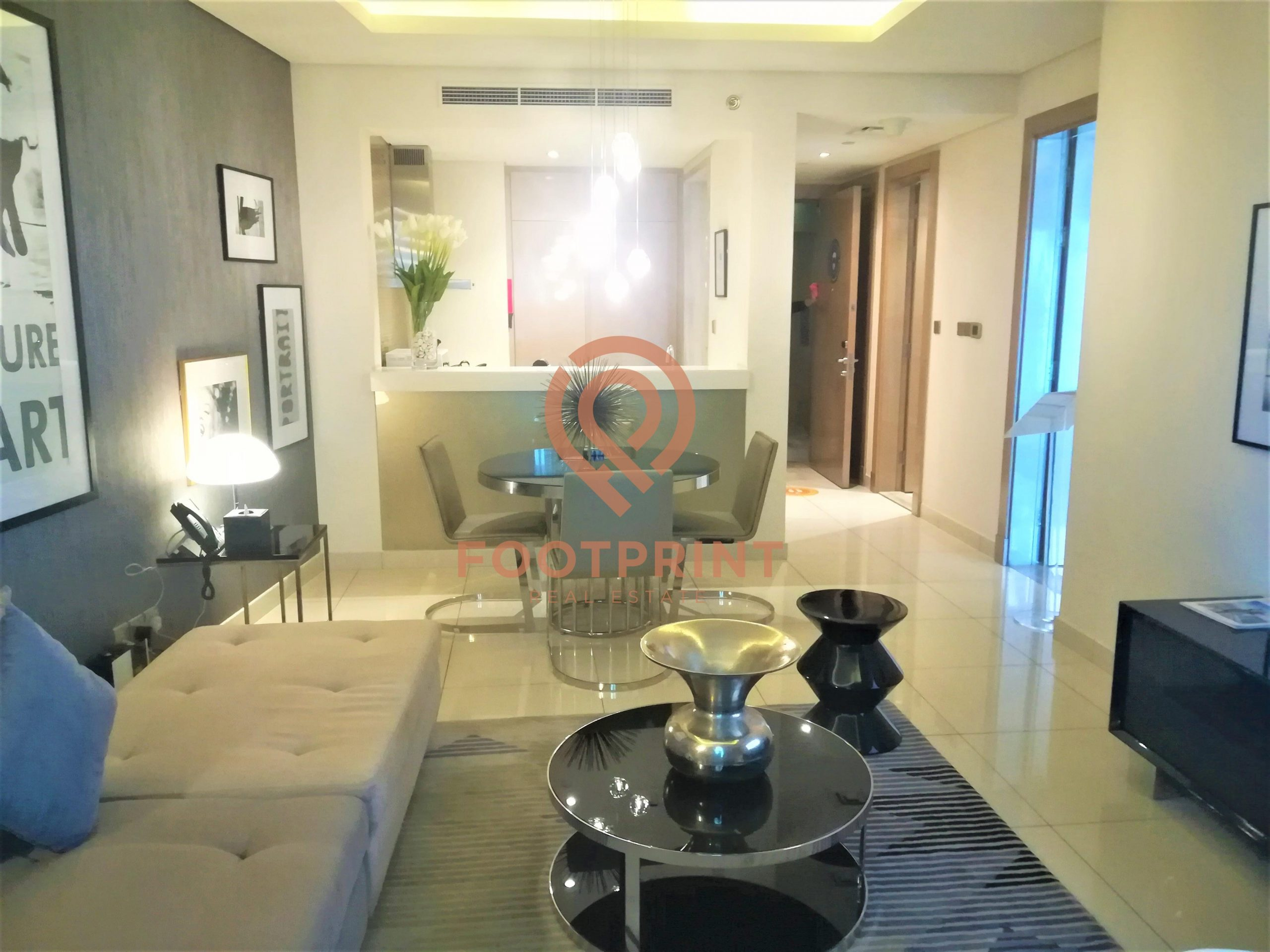 Luxurious 1 Bedroom I Fully Furnished I Stunning View